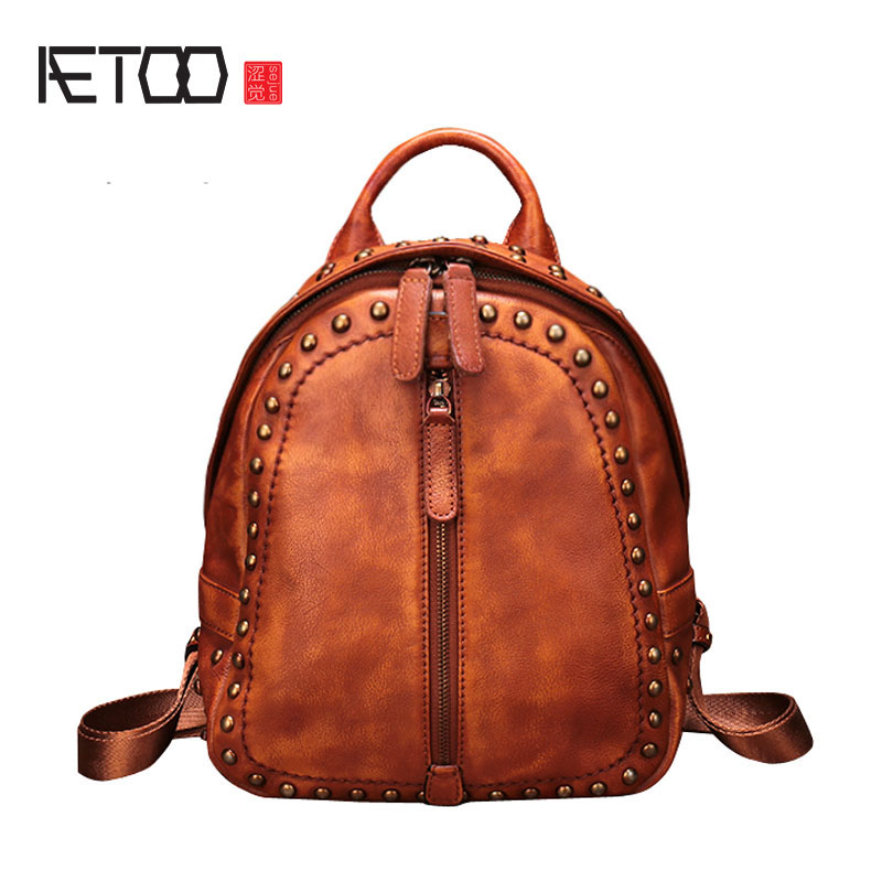 AETOO New retro Joker first layer leather shoulder bag female fashion rivet leather backpack female bag aetoo spring and summer new leather handmade handmade first layer of planted tanned leather retro bag backpack bag