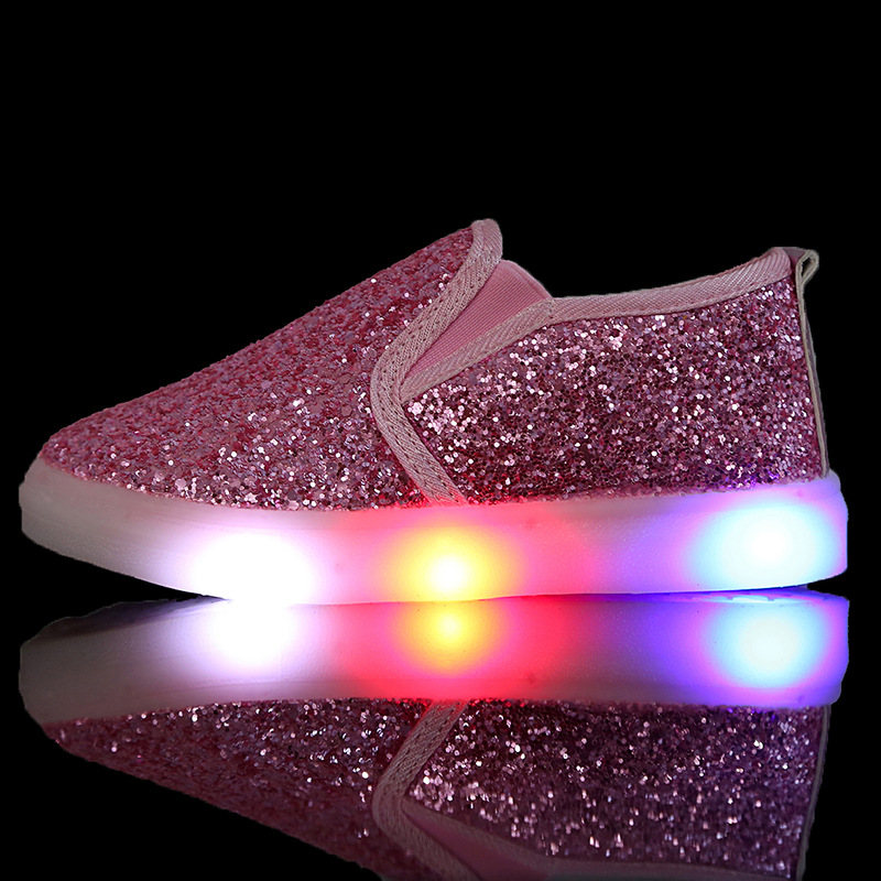 2017 new children s shoes for boys and girls baby children s cartoon sequins LED canvas