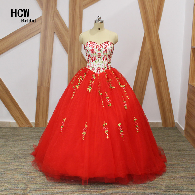 2018 Red Ball Gown Quinceanera Gaun Anggun Bunga Bordir Puffy Tulle Manis 16 Quinceanera Party Gowns Custom Made