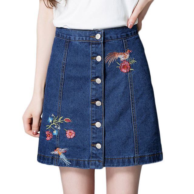 low priced a83bb a64cc US $12.53 32% di SCONTO Moda Ricamo Floreale Denim Gonne Corte Donne  Singola Fila Bottoni Mini Gonna Jeans 2017 Estate Sexy A Vita Alta di A  Line ...