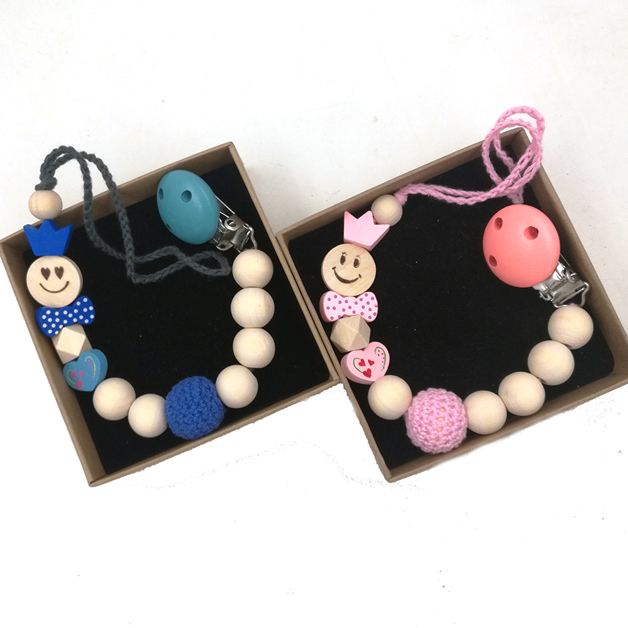 2 design EMOJ smile boy girl crown princess pink and blue crochet beads wood Teething pacifier holder new mommy gift NT233