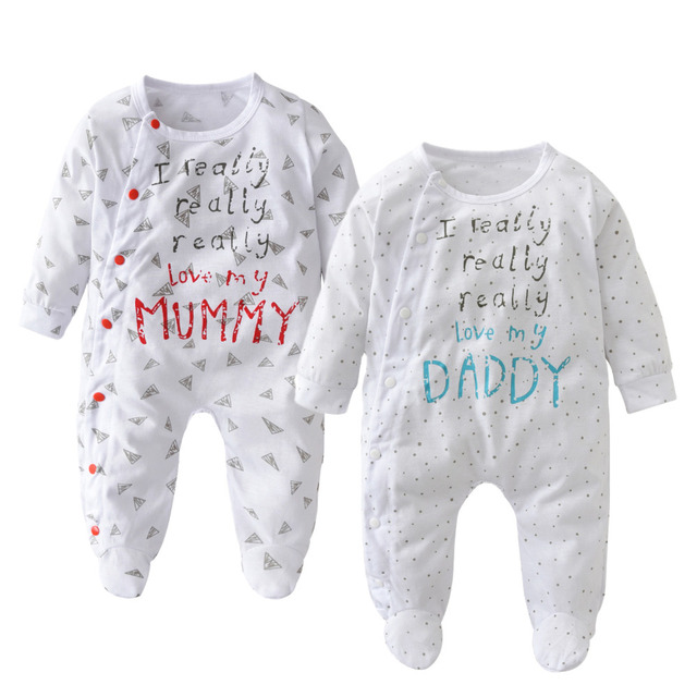 20ee6e0a6b44 2018 Autumn New baby clothing set unisex letter love mummy and daddy ...