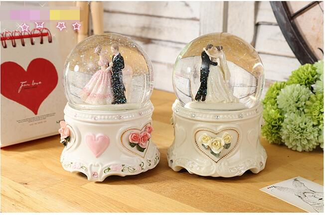 What To Gift A Friend On Her Wedding: Wedding Ornaments Crystal Ball Music Box Send Friend A