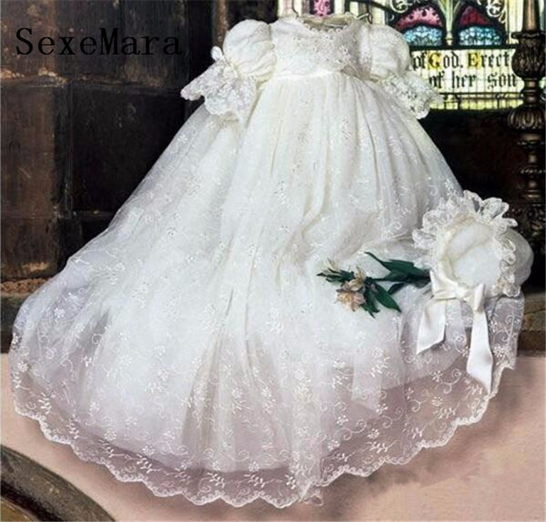 Real Picture Vintage Baby Infant Girls Christening Gown Baby Boys Lace Girls Baptism Dress Lantern Sleeve Outfit WITH BONNET 2016 lace appliques baby boys girls infant outfit heriloom dress dedication baptism gown long christening gowns with bonnet