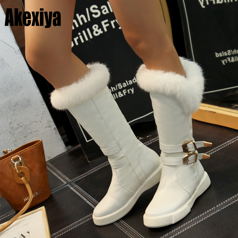 2019 New Winter Fashion Buckle Fur Boots Women Slip-on Flats Half Snow Boots White Black Metal Decoration Ladies Shoes D151