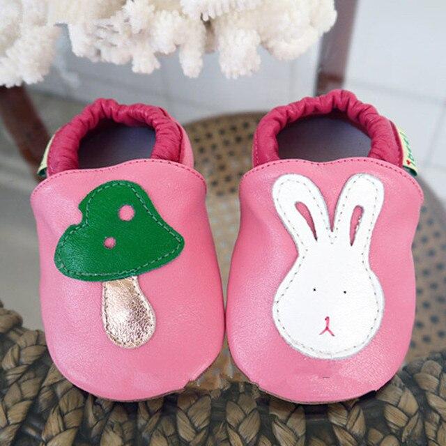 Brand High Grade Sheepskin Baby Shoes Lovely Rabbit Mushroom Infants Soft Soled First Walkers Autumn Newborn Party Prewalker