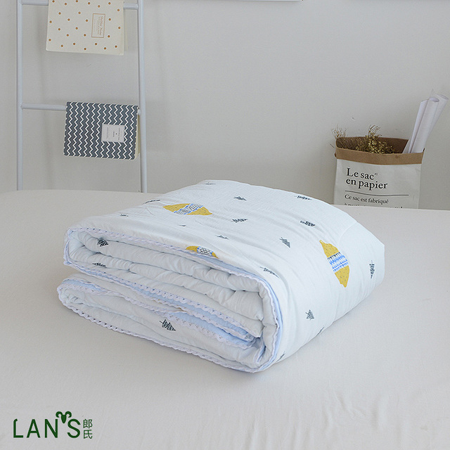 2017 Cool Air Conditioner Quilts Washable Cotton Children Summer Duvets Thin Blankets Lace Edge Comforters Twin
