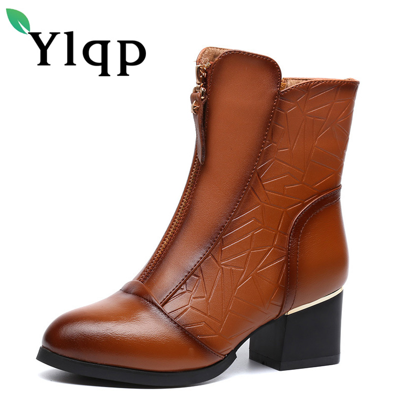 Ylqp 2017 New Female Winter Big Size Genuine Leather Ankle Boots For Women Fashion Med Heels Soft Plush Warm Boots Ladies Shoes soft plush big feet pattern winter slippers