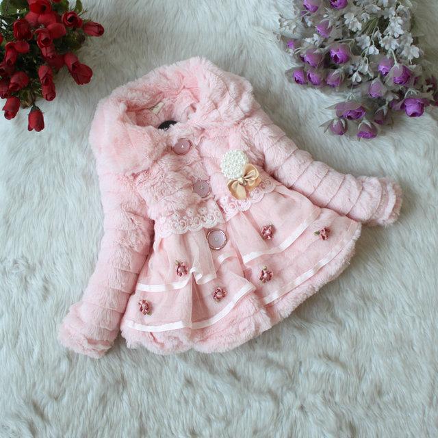 2017 nueva moda de encaje de flores con el bebé bebé de cachemira chaqueta de piel falsa de chaqueta de la primavera y el otoño chaqueta del bebé