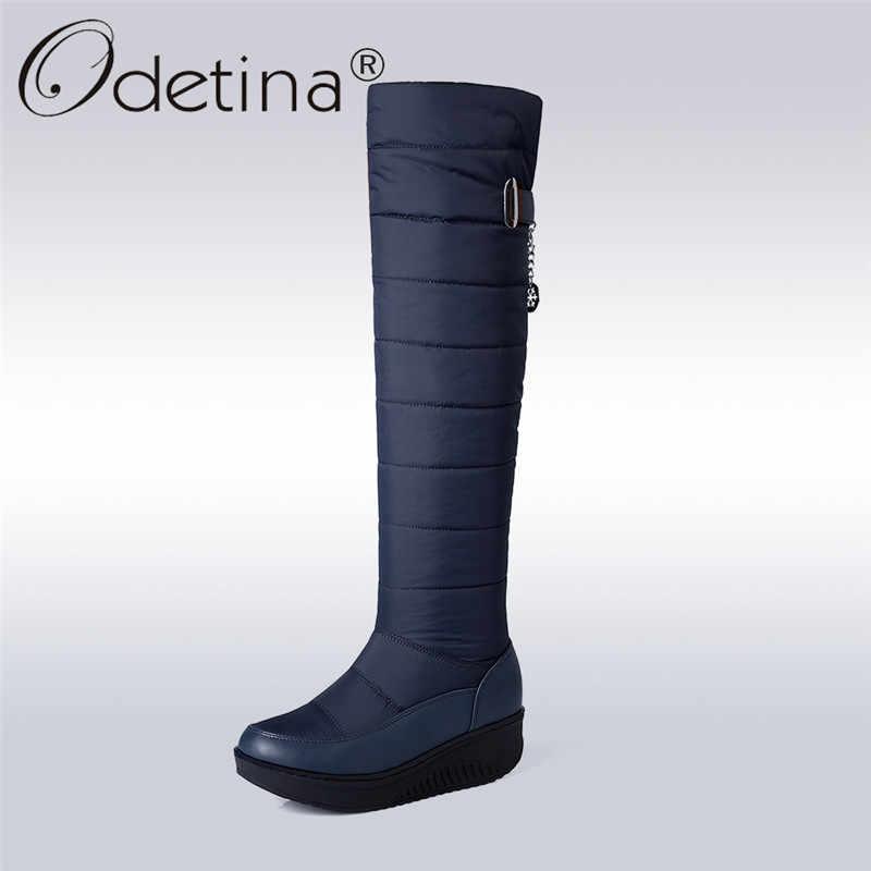 Odetina nuevas botas de nieve a la altura de la rodilla a prueba de agua de piel gruesa abajo botas de invierno de plataforma zapatos casuales antideslizantes gran tamaño 44