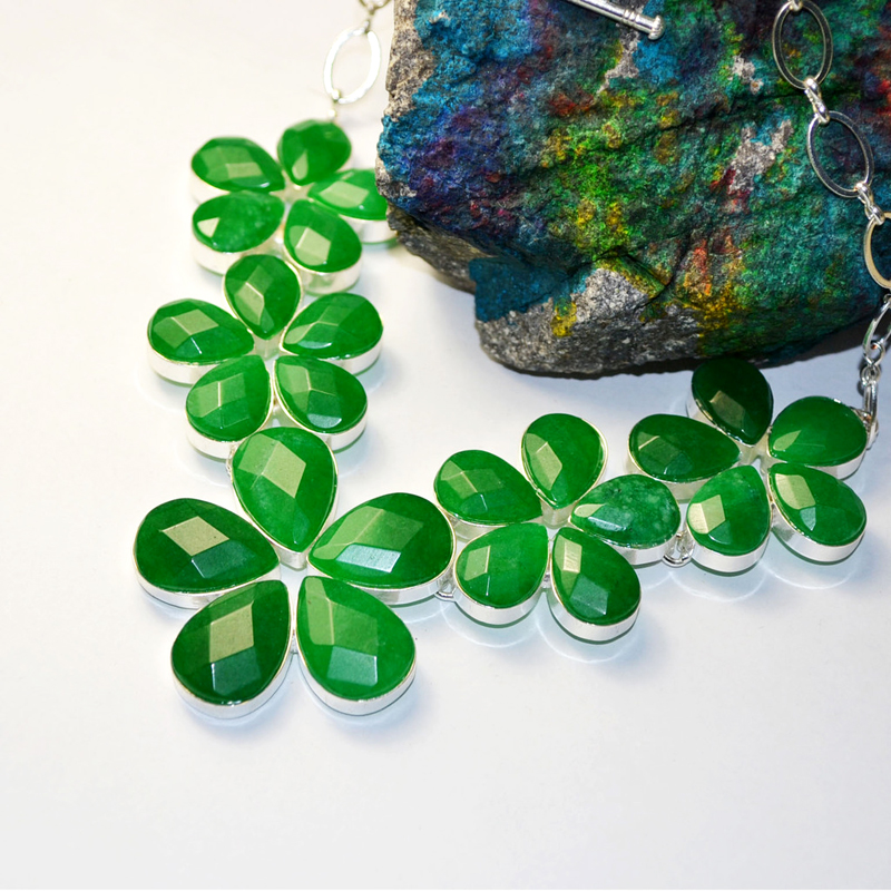 Hot Wholesale Five Flower Necklace High End Section Jade