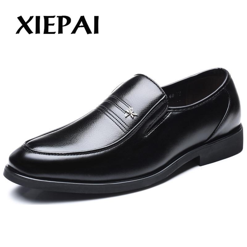 2019 Maschio Scarpe Di Cuoio Uomini Scarpe Da Sera Di Business Classico Punta Quadrata Scarpe In Pelle Da Uomo Formale Scarpe Slip-on Oxford