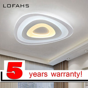 Image 2 - Dreieck thin moderne LED decke kronleuchter Kreative arc dreieck Plexiglas lampe hause flush montieren hause beleuchtung lumiere luz