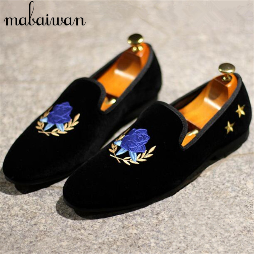High Quality Men Embroidery Flats Luxury Velvet Smoking Slippers Black Mens Casual Boat Shoes Slip On