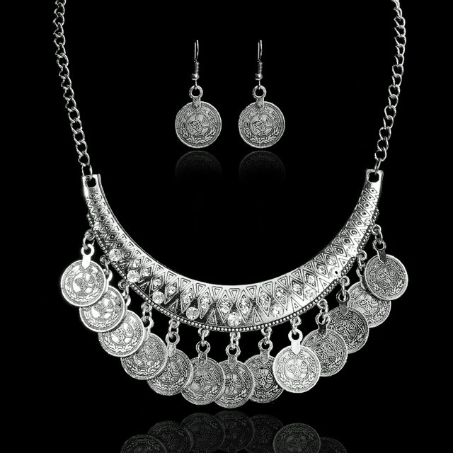 Hot Sale Bohemian Vintage Chokers Necklace Fashion Ethnic Carved Coins Nice Neck