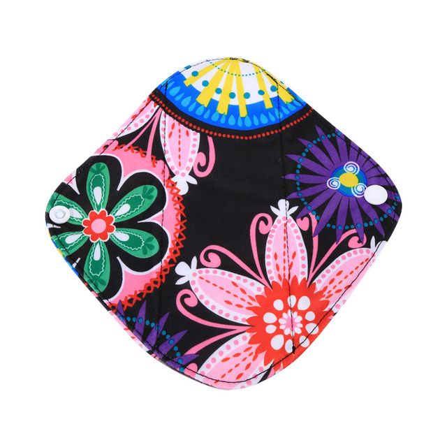 1PC Charcoal Bamboo Cloth Pads Bamboo Inner Washable Reusable Menstrual Pads Sanitary Pads Lady Cloth Pad Panty Liner 20x18cm