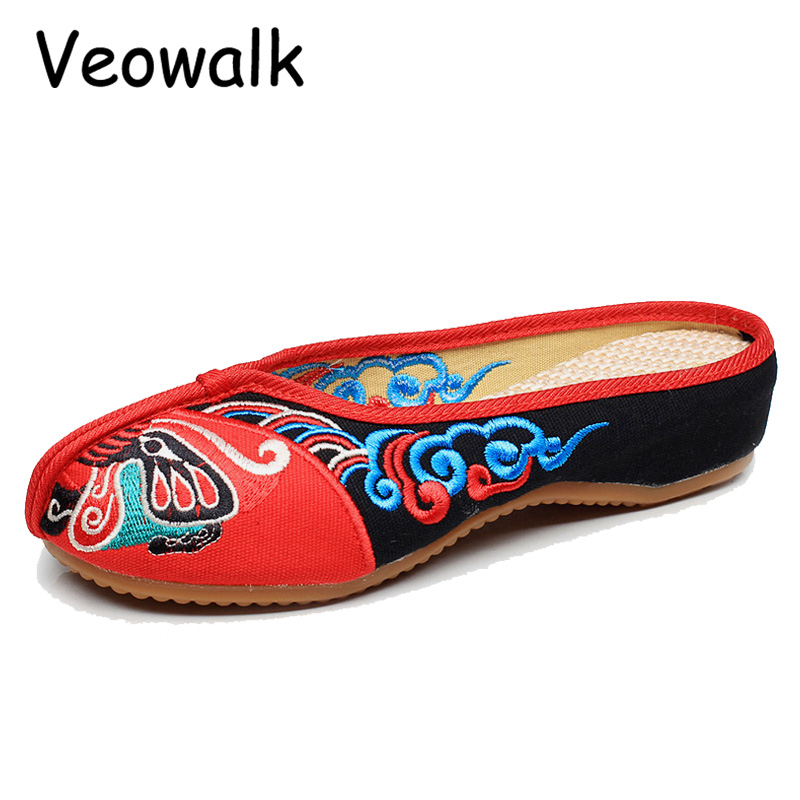 Veowalk Handmade Opera Embroidery Women Summer Shoes Fashion Women Old Beijing Home Slippers Casual Soft Shoes Mujer Plus Size 2