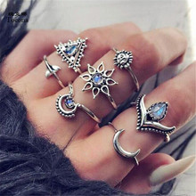 Tocona 7pcs/Set Bohemia Antique Silver Color Moon Sunflower Whale Tail Rhinestone Knuckle Finger Midi Rings Set for Women 6756