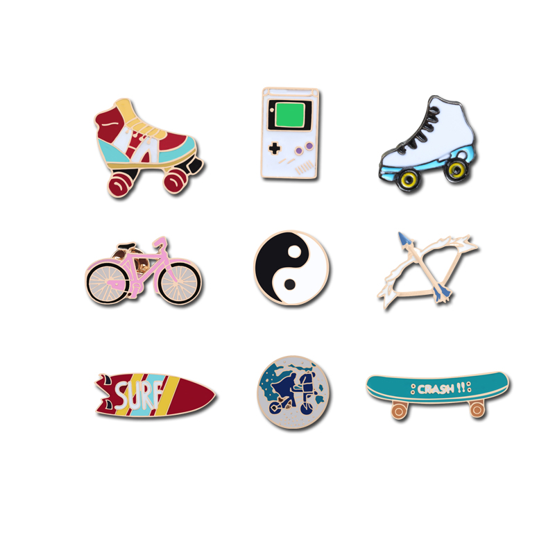 Trendy Sports Brooches Taoism Tai Chi Surfboard Skateboard Game Machine Roller Shoes Bicycle Travel World Badges Pins Coin Gifts