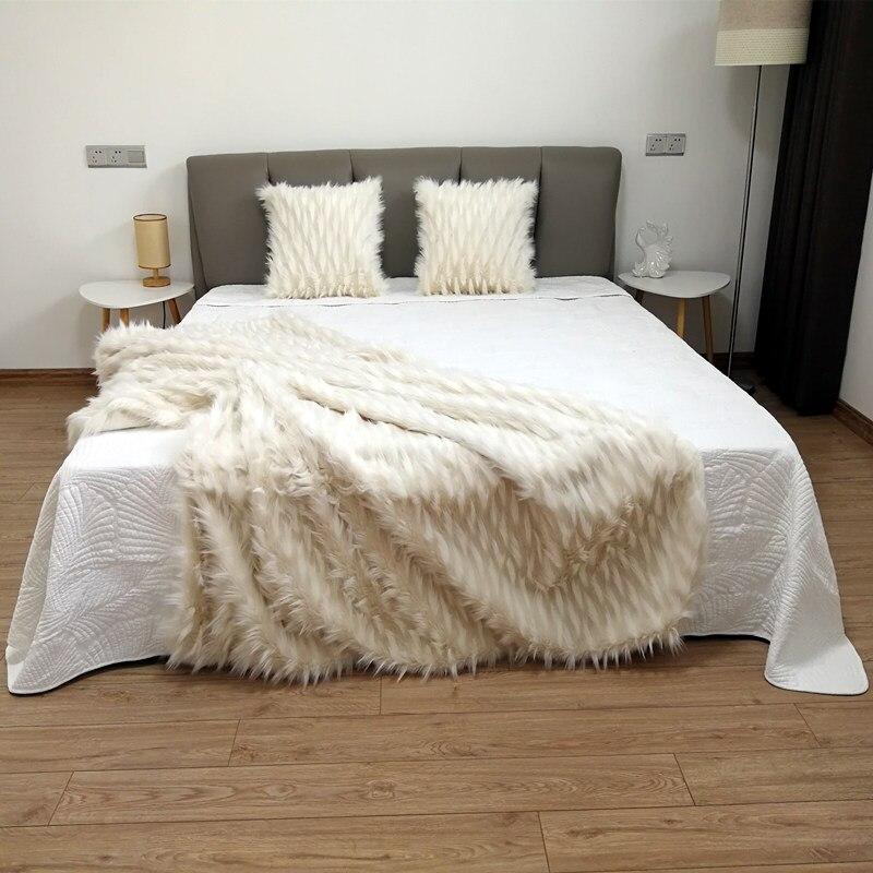 Wykwintne żakardowe koc futro skórzane koc uroda miękkie domu rzut strona główna czysta domu łóżko turystyczne sofa FG1098 w Narzuty od Dom i ogród na  Grupa 3