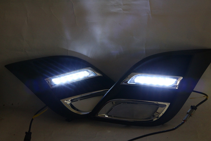 1 Set DRL daytime running lights lamps driving fog lamps white for Mazda 3 2010-2013 high quality 1 set car accessories led daytime running lights white drl auto fog lamp headlight for mazda 3 2010 2011 2012 2013