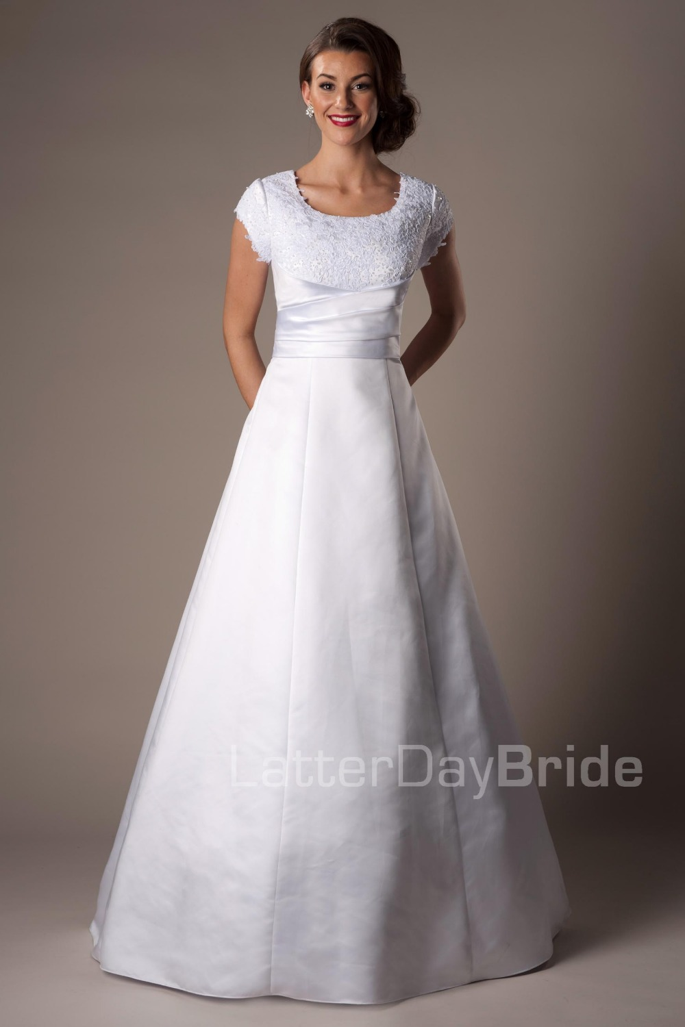 2016 new cheap modest white ball gown long floor length for White wedding dress cheap