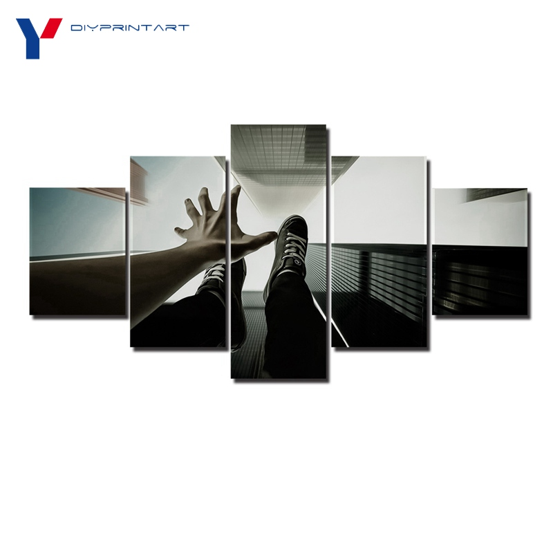 Skyscrapers Overlooking 5 Panel Canvas Painting Dangerous Adventure Picture for Wall Decoration A0776