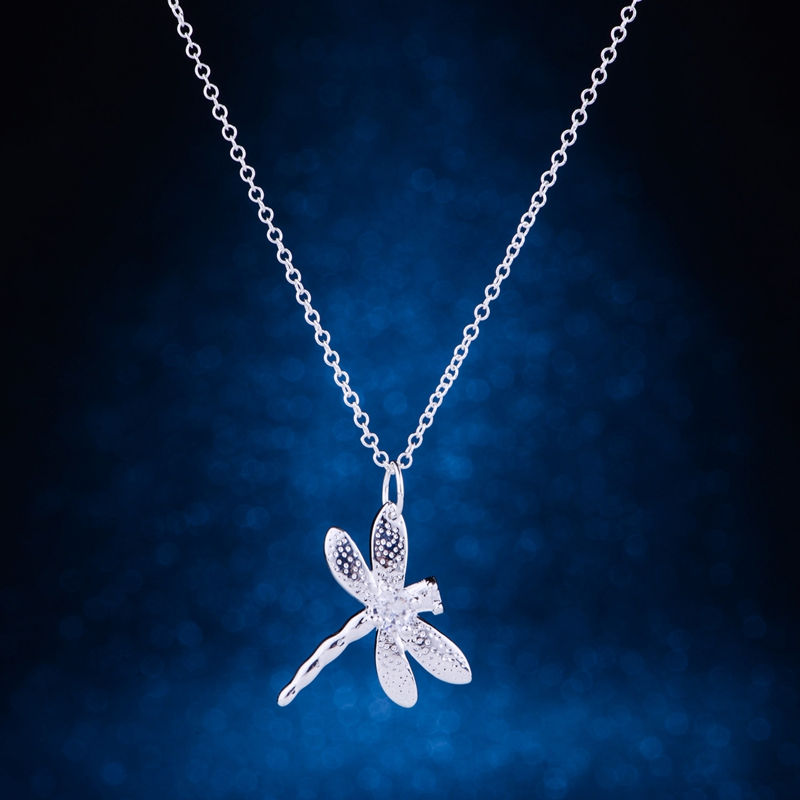 Sterling Silver Womens 1mm Box Chain Ornately Decorated Winged Dragonfly 3D Insect Pendant Necklace