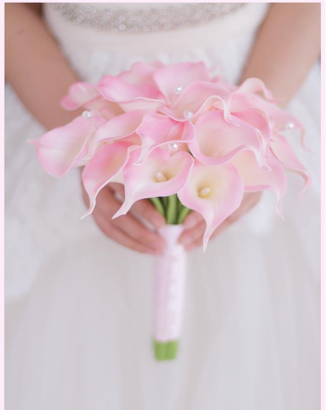 Букет невесты розовые каллы