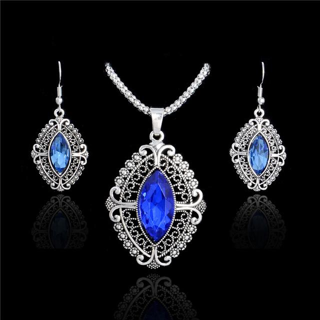 Vintage Style Jewelry Set