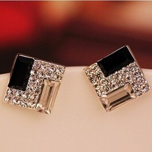 цены Free Shipping $10 (mix order) Wholesale Square Black Fashion Earrings Temperament E067 7g