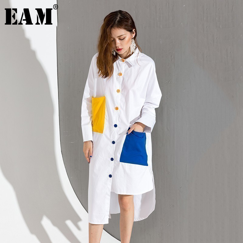 [EAM] 2019 Spring Fashion New Hit Color Double Colorful Pockets Wihte Loose Large Size Long-Shirt Women Tide T046