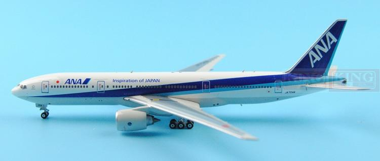 Phoenix 11118 B777-200 JA704A 1:400 ana commercial jetliners plane model hobby phoenix 11037 b777 300er f oreu 1 400 aviation ostrava commercial jetliners plane model hobby