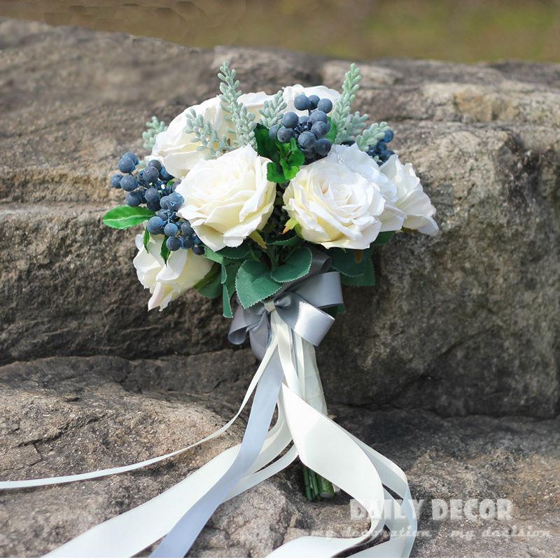 25 Stunning Wedding Bouquets: Stunning Wedding Flowers White Bridesmaid Bridal Bouquets