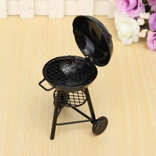 Hot Sale Cute 1/12 Scale BBQ Grill Miniature Ornaments Doll house Gadget Kitchen Food Furniture for Dollhouse Kids Toys