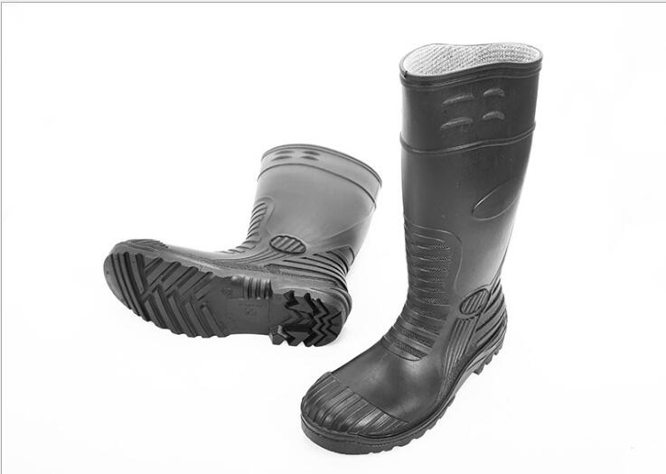 High quality rubber safety rain boots, light rain shoes, labor protection mineral rain shoes clouds without rain
