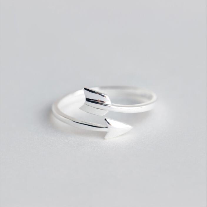 Oly2u Women Jewelry Simple Arrow Rings Free Size Full Finger Ring Arrow For Men Women SYJZ026
