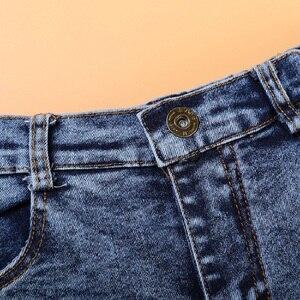 Image 3 - طقم ملابس للأطفال من 3 قطع على الموضة قميص + جان + وشاح بدلة للأولاد ملابس أطفال ملابس غير رسمية للأطفال الرضع بنطلون