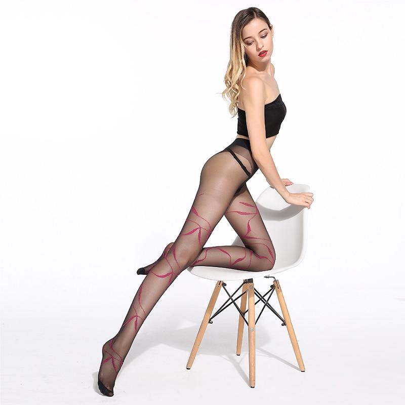 sheer-pantyhose-thighs-spit-sex-vids-pics
