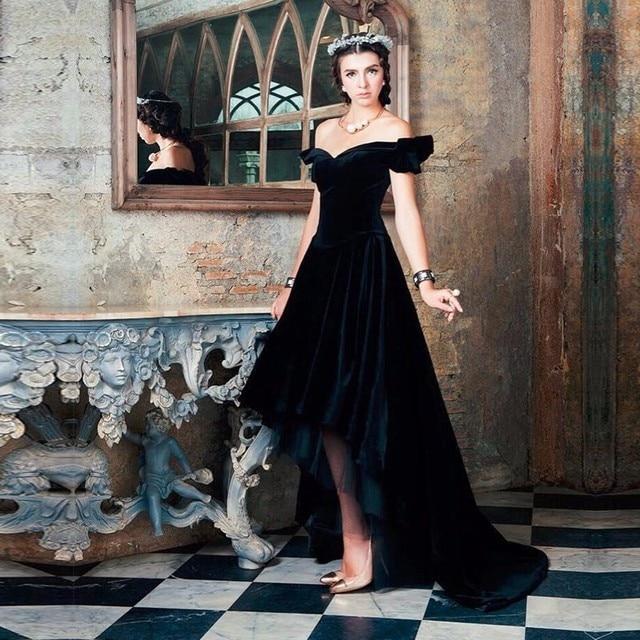 74469c2c7dd34 الرجعية 2016 الأسود القطيفة ارتفاع منخفض فساتين السهرة الخامس الرقبة قصيرة  الأكمام كاب الأميرة أثواب السهرة