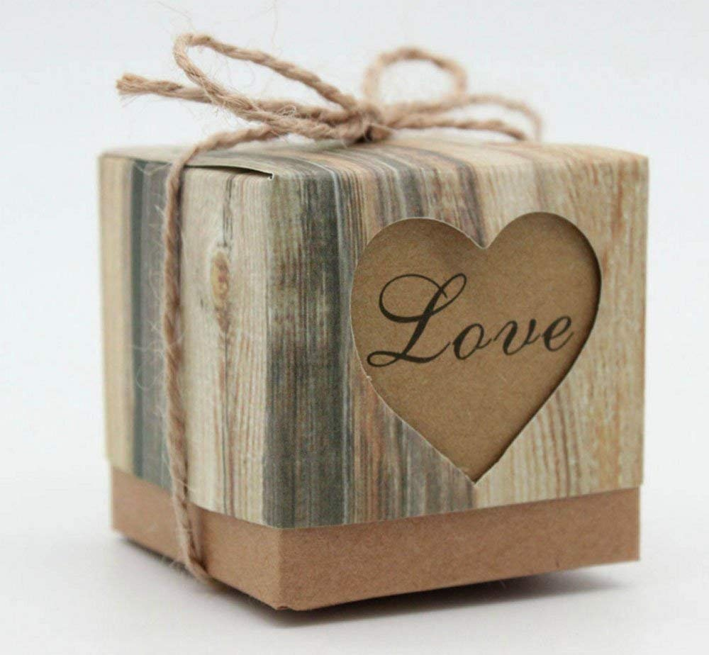 METABLE 50 pcs Romantic Heart Vintage Kraft Candy Box with Burlap Twine Chic for Wedding Decoration