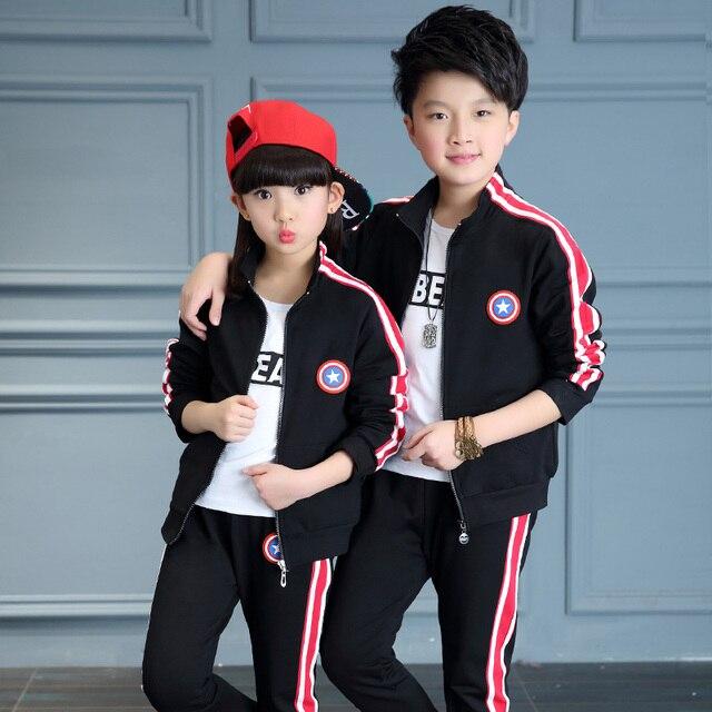 2017 весна осень дети мода костюм мальчиков и девочек сплошной цвет США капитан груди логотип свитер спортивный два-кусок