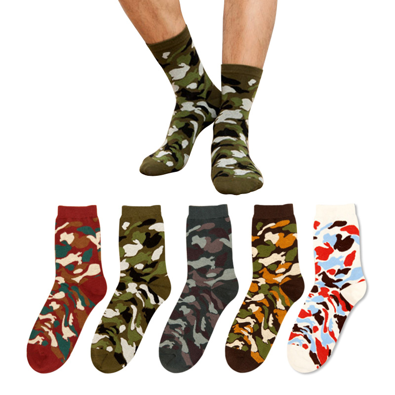 5 Pairs/lot 2017 New Mens Jungle Tactical Military Socks Thick Fashion Cotton Camouflage Socks for Men Winter Summer Short Sock
