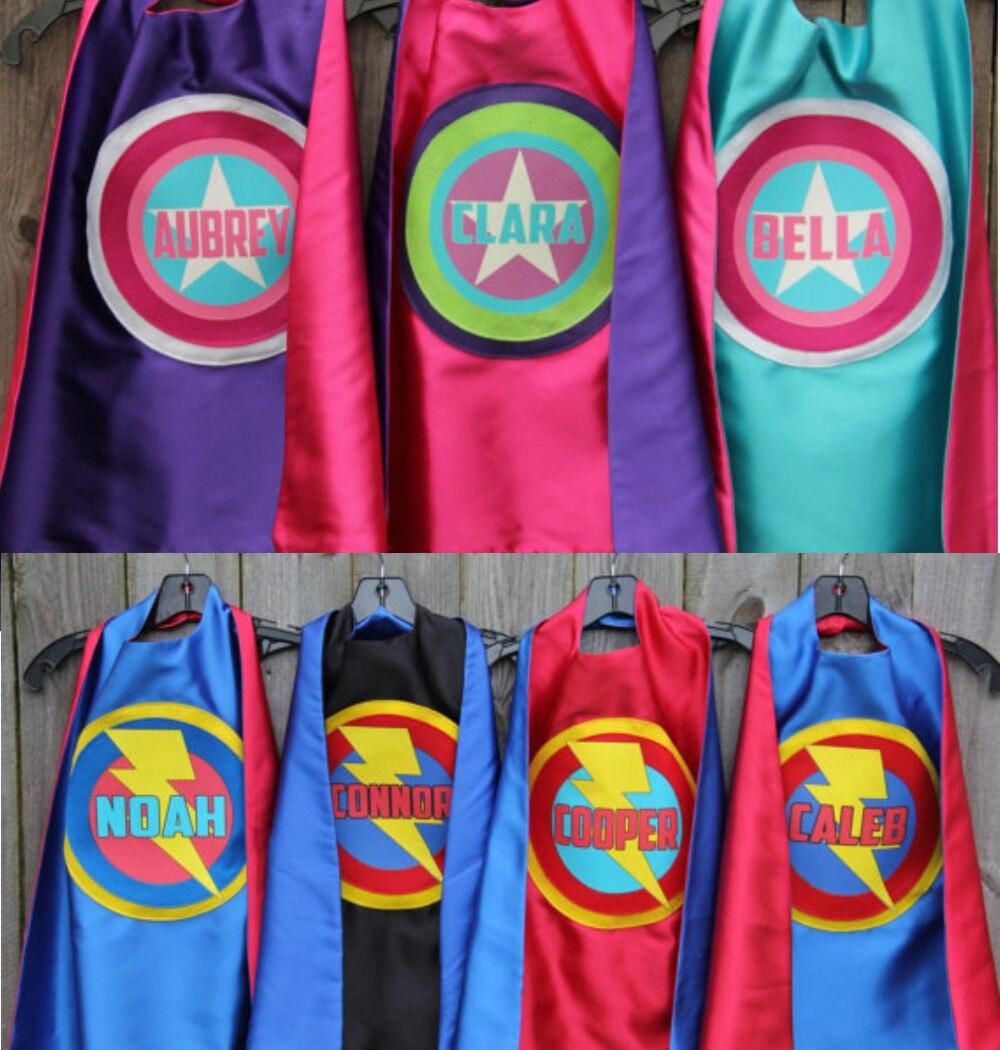 Nombre completo de encargo del muchacho del cumpleaños-personalizado Superhero Cape-cualquier nombre-un montón de colores-Superhero partido