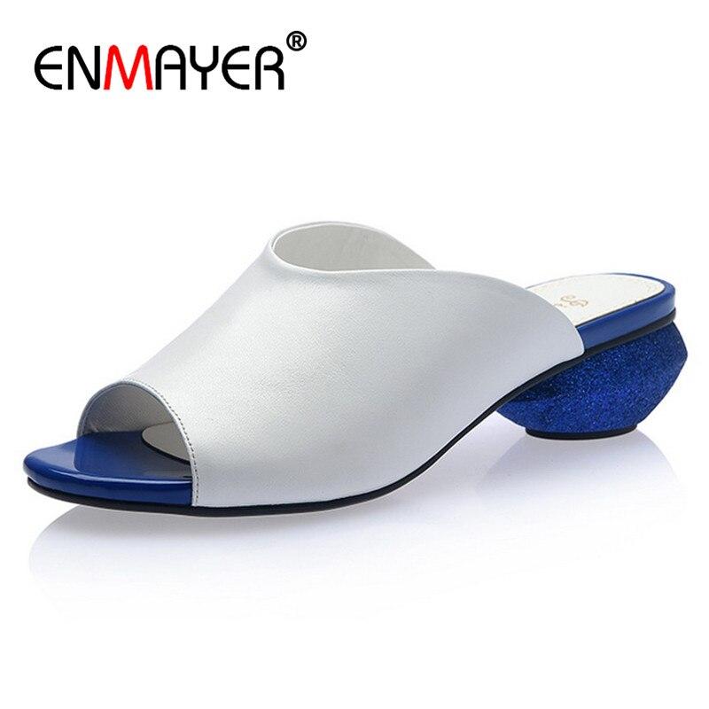 ENMAYER/обувь из натуральной кожи Для женщин снаружи тапочки для Для женщин Slingback необычный стиль не сужающийся к низу каблук с открытым носком ...