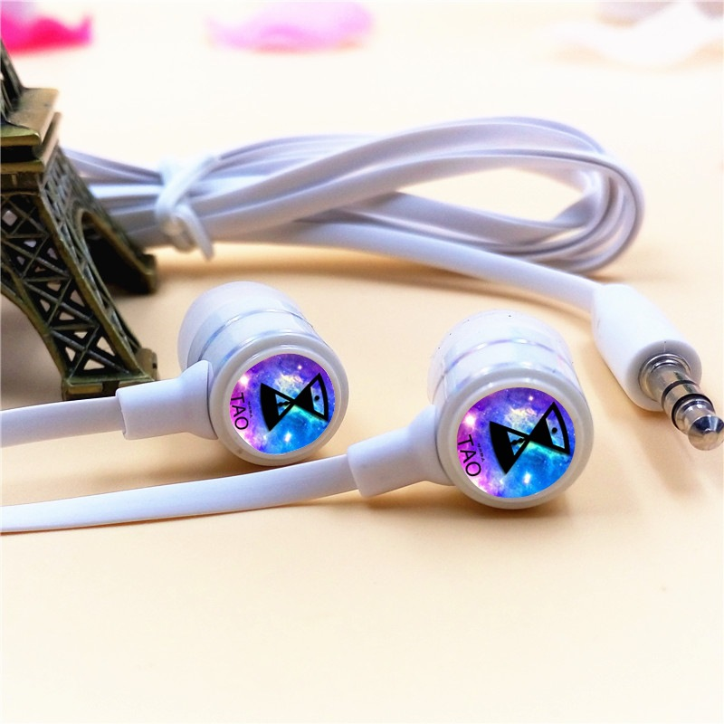 EXO-M EXO TAO In-ear Earphone 3.5mm Wired Stereo Earbuds Microphone Phone Music Headsets for Iphone Samsung Xiaomi VIVO MP3 PSP
