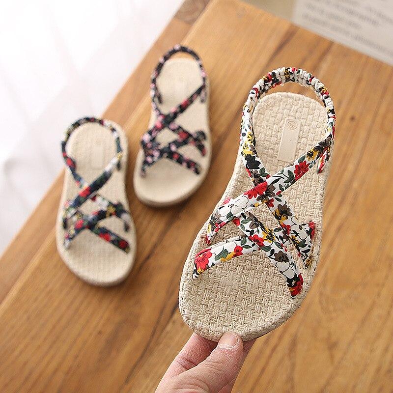 Sandals Baby girls Children Beach Slippers Shoes Summer Style Kids Slip-Resistant Sandals Girls Princess Roman Shoes