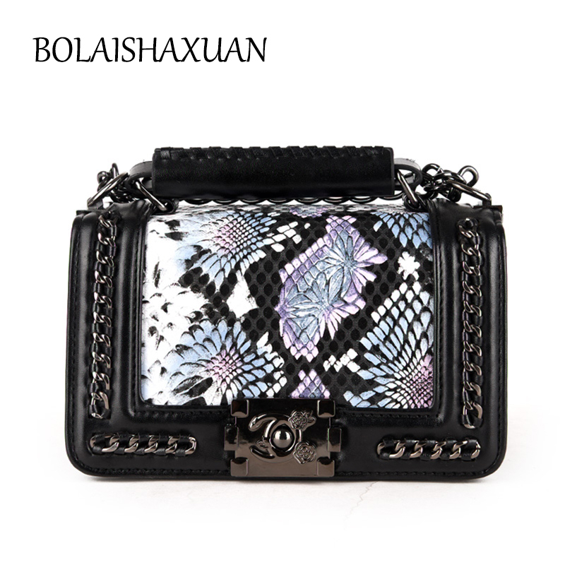 New Chains Mini Flap Bags Handbags Famous Brand Crossbody Bags For Women 2017 Small Leather Shoulder Messenger Bags Bolsos Mujer  new chains flap women shoulder bags small handbags vintage ring crossbody bag for woman suede leather ladies casual clutch purse