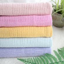 90X120 cm super macio Algodão crochet buraco fino envoltório Bebê Cobertor de malha de verão Criança crianças de volta tampa de assento deken tampa do berço do bebê