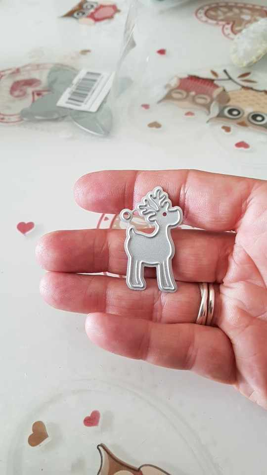 9 Styles Christmas Animal Flower Frame Metal Cutting Dies CUT 3D DIY Scrapbooking Carbon Craft Die Photo Invitation Card Decor